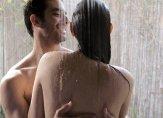 تنبهوا إلى مخاطر العلاقة الجنسية في الماء