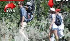ريان رينولدز و ساندرا بولوك في رحلة برية على الاقدام