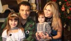 """""""النشرة"""" مع جو وغرايس أشقر وطفلتيهما عشية عيد الميلاد"""