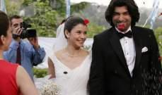 شجار فاطمة وكريم يستدعي نشر صور زواجهما