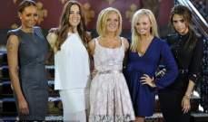 """ Spice Girls "" مجددا معاً لحضور مسرحية موسيقية حول مسيرة الفريق..بالصور"