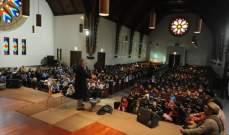 800 طفل يستمعون للقصص في الجامعة الأميركية