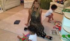 ماريا كاري تقضي الوقت مع توأمها بفستان السهرة !