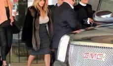 """""""عروس المستقبل"""" كيم كارداشيان تشعّ جمالاً خلال خروجها من الفندق"""
