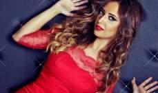 راندا حافظ تواصل تسجيل أغاني ألبومها الجديد