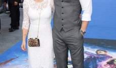 كريس هيمسوورث يحضر العرض الأول لفيلمه مع زوجته