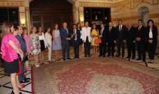 """الرئيس تمام سلام يستقبل مكرّمي ولجنة مهرجانات """"BIAF"""""""