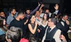 ليال عبود تحتفل بعيد الأم في سوريا- بالصور