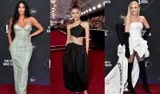 إليكم أجمل الإطلالات في حفل People's Choice Awards والشقيقات كارداشيان يتألقن