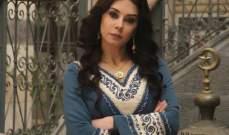 كاريس بشار تجتمع بطليقها لهذا السبب- بالصور