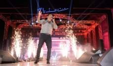 """عمرو دياب لـ""""الفن"""": سعيد بنجاح البومي """"شفت الايام"""" وعلى جيل الشباب الحفاظ على النجاح"""