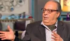 أسامة عباس دخل التمثيل بالصدفة.. وهذه حقيقة خطوبته من سوزان مبارك