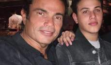 عبدالله نجل عمرو دياب يعود إلى مصر ويترك والدته...ما القصة؟