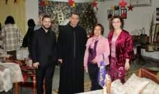 """جمعية """"نسروتو"""" تفتتح معرض الميلاد الحرفي- بالصور"""