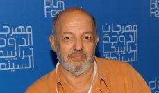 محمد خان من أهم مخرجي جيله وقدّم مع أحمد زكي 6 أفلام.. وهذه حقيقة زواجه السري من نهلة سلامة