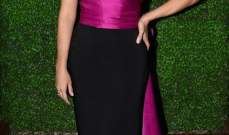 ريس ويذرسبون تقبل زوجها في حفل توزيع جوائز Critics' Choice Awards