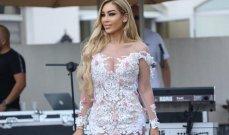 نورهان تفتتح موسم الصيف بفستان مثير شفاف في حفل Miss World next top model 2021