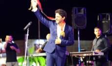 خاص بالصور: معين شريف يشعل مسرح معرض دمشق الدولي