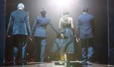 ميل بي تضع يدها على مؤخرة زميلتها في لجنة X Factor شيريل كول