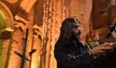 خالد مزنر يحيي حفلاً موسيقياً في معبد باخوس دعماً لمهرجانات بعلبك- بالصور