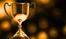 منح جائزة عالمية لمراهقة غير صحافية.. لهذا السبب