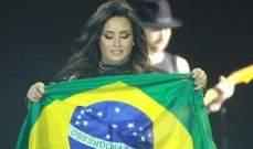 ديمي لوفاتو توجّه تحيّة لجمهورها البرازيلي على طريقتها الخاصّة!
