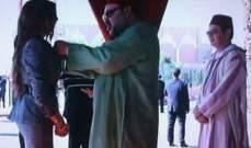 ملك المغرب يمنح دنيا بطمة وساماً ملكياً برتبة ضابط..بالصور