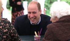 سيدة عجوز تطلب قبلة من الأمير ويليام...وهذا ما قاله لها - بالفيديو