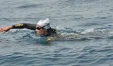 """امرأة مغربية تمكنت من عبور مضيق """"جبل طارق"""" سباحة"""
