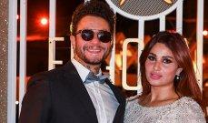أحمد الفيشاوي بصورة رومانسية مع زوجته