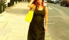 زينة تنشر الصورة الاولى لها وهي حامل