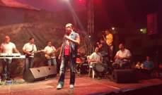 """هاني العمري يشعل ليل """"فاريا"""" بحضور جماهيري كبير..بالصور"""