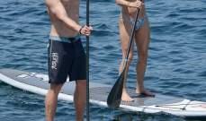 كريس هيمسوورث يقضي يوماً من المرح مع زوجته في كورسيكا