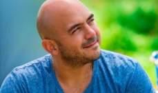 قناع محمود العسيلي سقط في هذه اللحظة