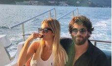 جان يامان يُعرِّف عروسه على أهله في رحلة بحرية بتركيا-بالصور