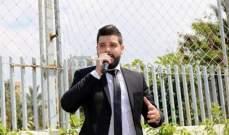 """سامر طربيه يُغني """" إنسان مثقف """" للمرة الاولى أمام الجمهور"""