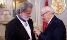 مارسيل خليفة يكرّم وينال أرفع وسام تونسي