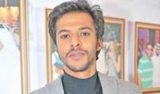 عبد الله الطراروة أثار الجدل بظهوره شبه عارٍ.. ويقبل بتقديم عمل جنسي