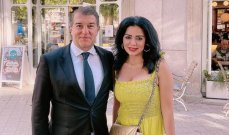 التعليقات على صورتها مع رئيس برشلونة تستفز رانيا يوسف.. وهكذا ردت