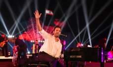 ليلة افتتاح مهرجانات صور..غي مانوكيان يعزف لإبنته ويتعرض لموقف مفاجئ