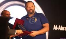 إنهيار محمد محمود عبد العزيز في حفل جوائز الأهرام وغياب غادة عبد الرازق