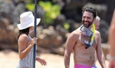 إيفا لونغوريا وزوجها يستمتعان بإجازة على الشاطئ ..بالصور