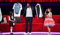 أحمد حلمي يجرّب الملابس ويحضّر البيتزا على مسرح