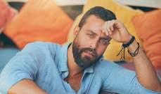 سعد رمضان دخل عالم الفن على الرغم من معارضة والده.. وهكذا إختلفت حياته بين