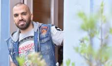 """خاص الفن- ناجي أسطا يؤجل إطلاق كليب """"غلبني الغرام"""" إحتراما للشهداء"""