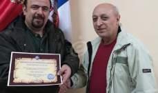 خاص بالصور- فيكان طانشيان وزوجته ليونورا يتسلمان دبلوم من قنصل صربيا في أرمينيا