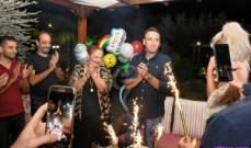 خاص بالصور- تمام بليق يحتفل بعيد ميلاده وسط الأهل والأصدقاء