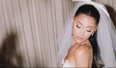 أريانا غراندي تبهر متابعيها بإطلالتها بأول صور من حفل زفافها