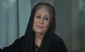منى واصف تبكي بحرقة وهي تتحدث عن وفاة حاتم علي-بالفيديو