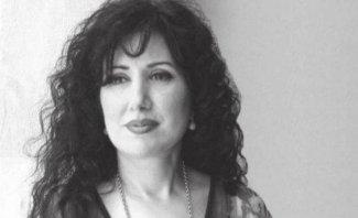 """سوزان أبي جابر لـ بيروت: """"الدخان الآثم مزق ثوبك الحريري""""- بالفيديو"""
